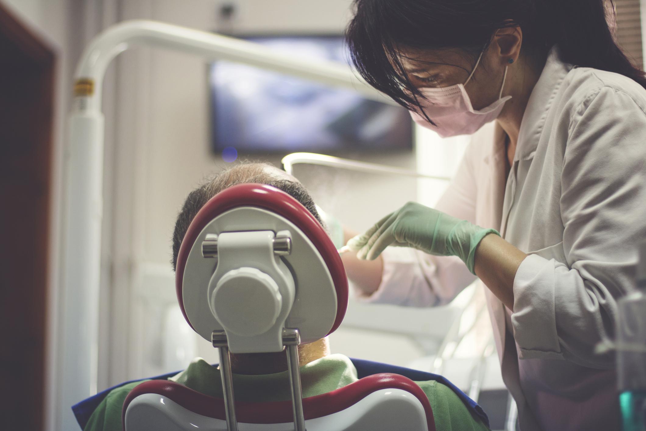 Surviving Your Dental Residency Program | Earnest