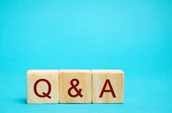 question-answer-questions-concept-faq-cube-blocks-wood-wooden-conceptual-frequently-search-text_t20_0XbW99